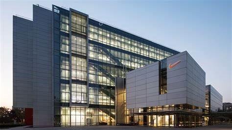 Nike headquarters iva Companyheadquarter.org, Moving to Portland OR