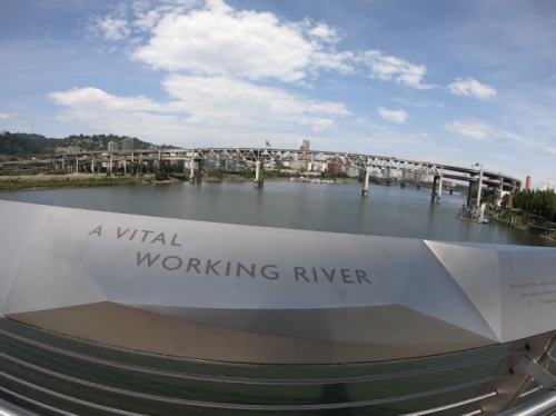 Willamette River, West Linn suburb of Portland, Living in Portland Oregon