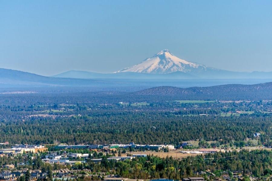 aerial photo of Bend OR, living in California versus Bend Oregon (3)