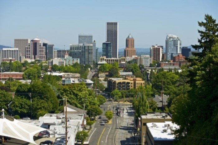 view of downtown PDX, buying a home in Portland, is Portland in a Recession, Real Agent Now