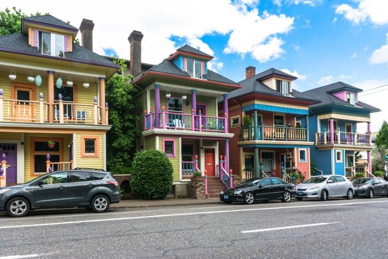 colorful historic homes in Portland Oreong, 3 things to know about Price per square foot