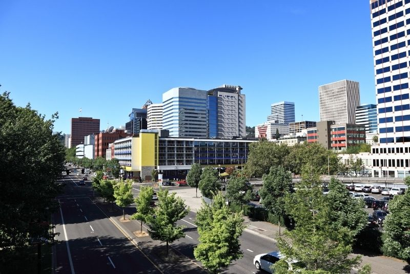 downtown Portland Oregon during the day, 10 things you need to know about Condos in Portland