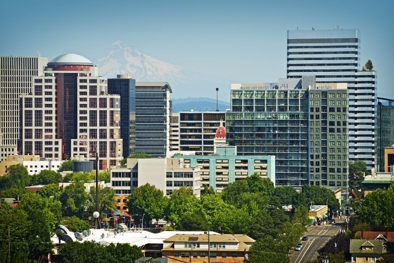downtown Portland with Mt Hood, 10 things you need to know about Condos in Portland