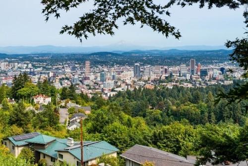 hill view of portland oregon, Is Portland the new California