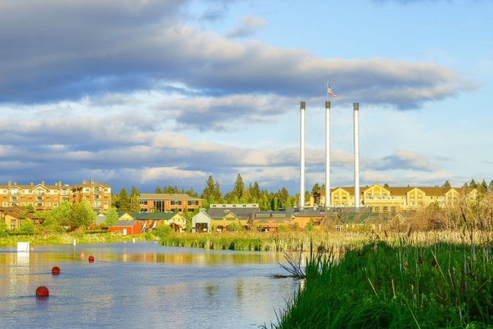 outdoor landscape in Bend OR, Pros and Cons of Living in Bend, Oregon (3)