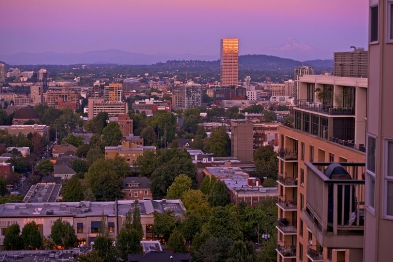 pink sunset over Portland Oregon, 10 things you need to know about Condos in Portland
