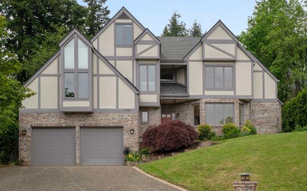 tudor revival home in Portland OR