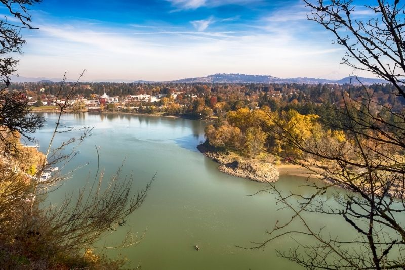 view of Milwaukie, Living in Milwaukie, Oregon, Living in Portland Oregon real estate feature img
