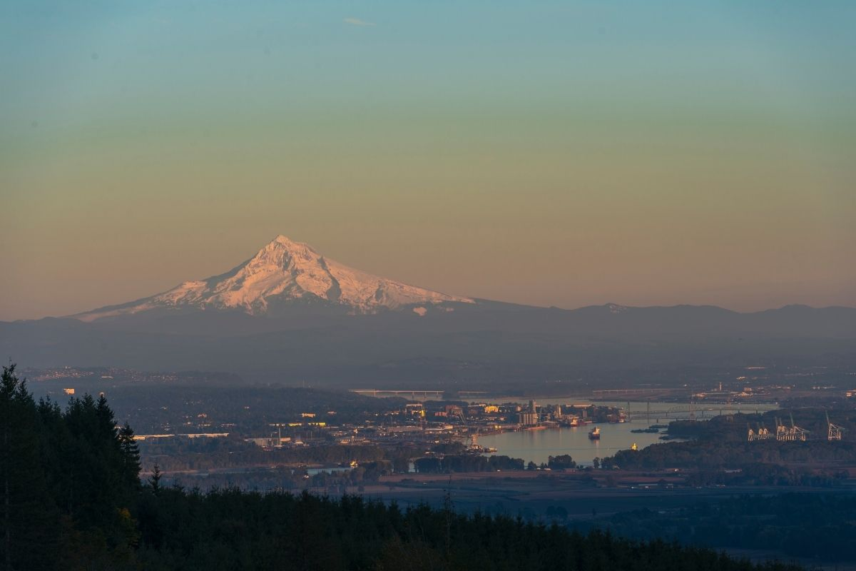 view of Mt Hood, Need to know before moving to Vancouver Washington, PDX real estate