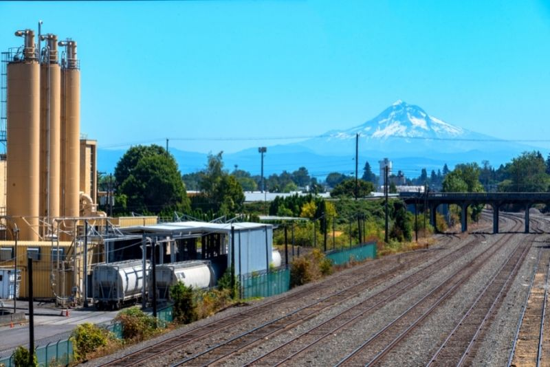 view of Mt Hood from North Portland, Living in North Portland Oregon