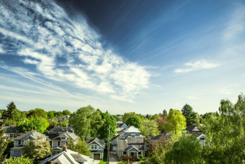view of a Portland suburb neighborhood, Best Suburbs in Portland Oregon pins (3)