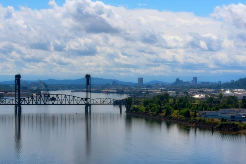 view of downtown Portland from North Portland, Living in North Portland Oregon